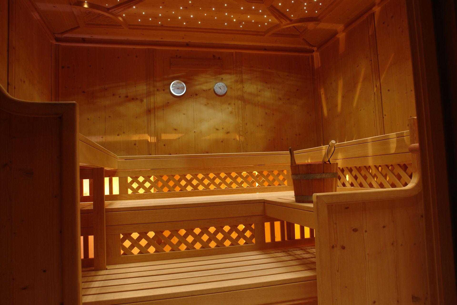wellnesshotel im montafon 4 sterne hotel bergkristall. Black Bedroom Furniture Sets. Home Design Ideas