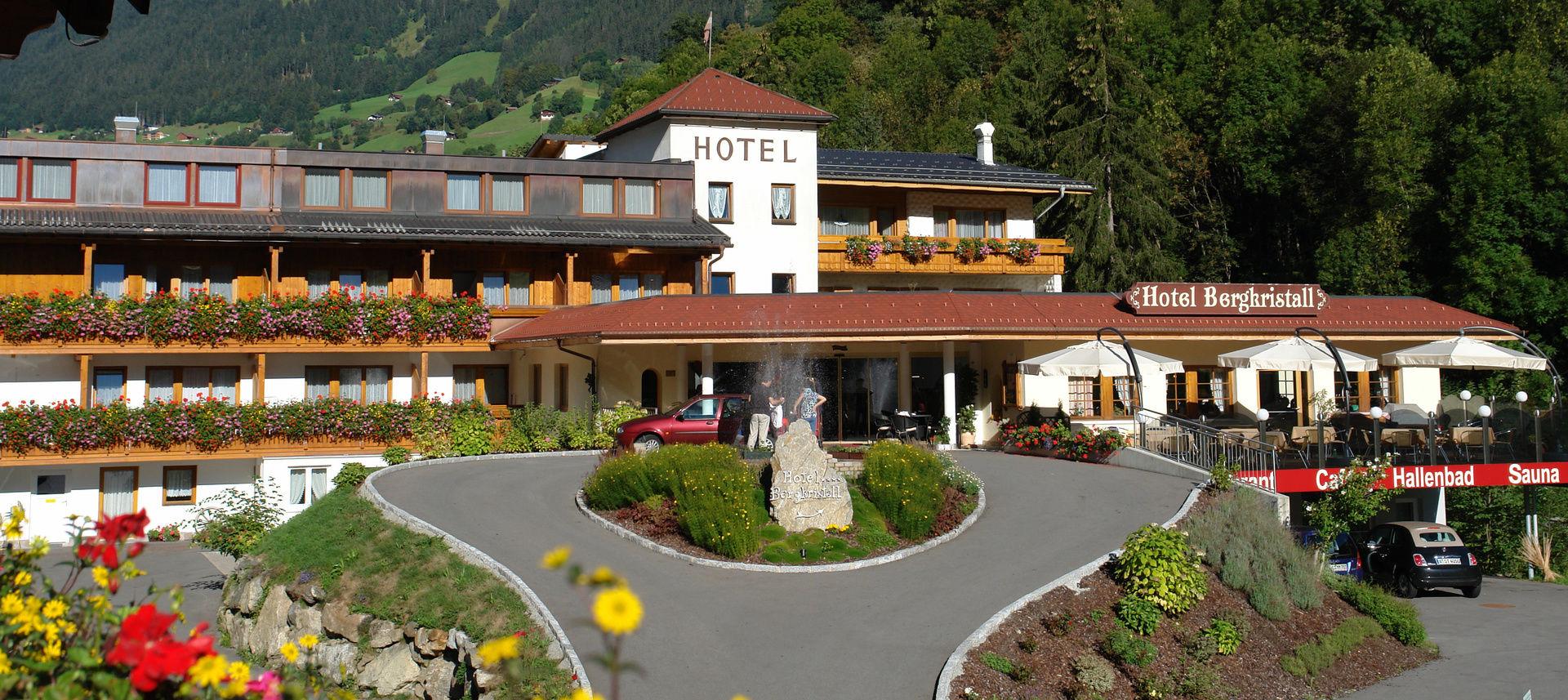 hotels im montafon 4 sterne hotel bergkristall. Black Bedroom Furniture Sets. Home Design Ideas
